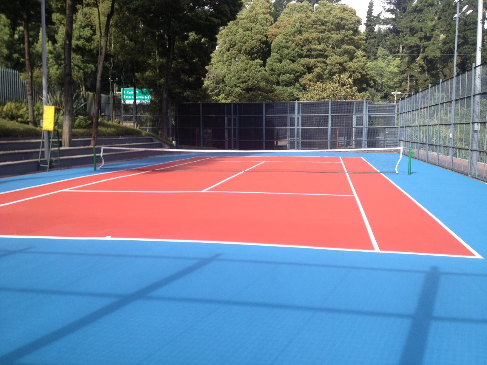 192a9d57e56 Somos especialistas en subbases y hormigones porosos. Elaboramos pistas de  tenis con distintos ...